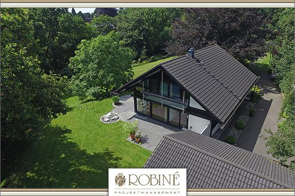 huf architektenhaus in ruhiger villenlage von d sseldorf ludenberg zu verkaufen. Black Bedroom Furniture Sets. Home Design Ideas