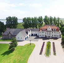 Burgen schl sser und historische anwesen in deutschland for Schwimmbad wuppertal langerfeld